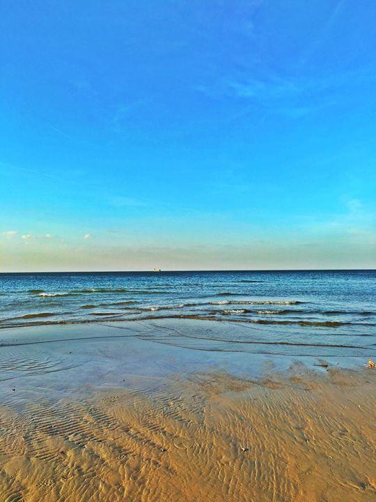 20160324-17 Beach - Diane Ong