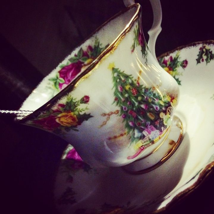 Christmas Tea - Jeanné Wynne Herring
