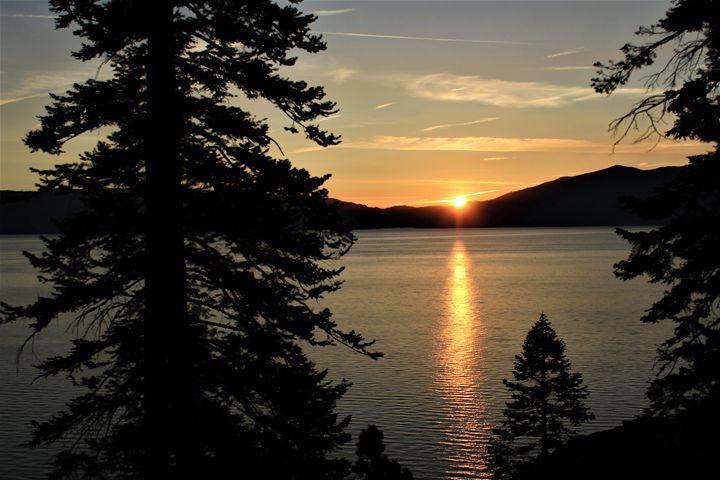 Sunrise over Tahoe - Pat Hansen's Photos