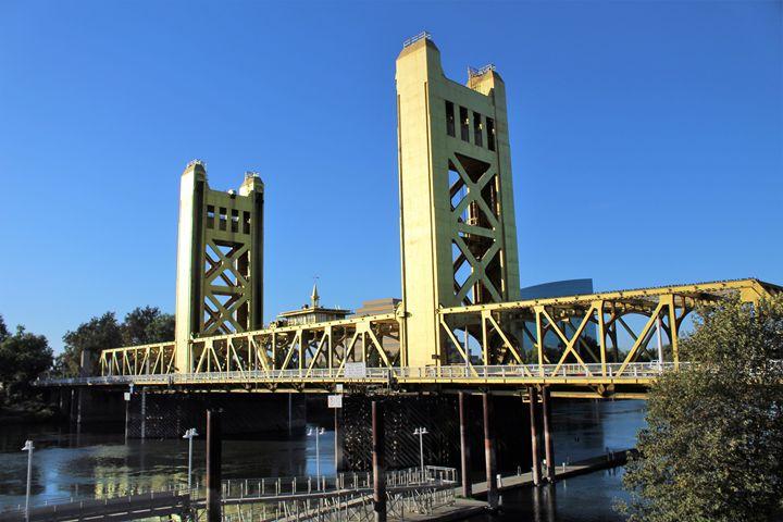 Capitol Bridge - Pat Hansen's Photos