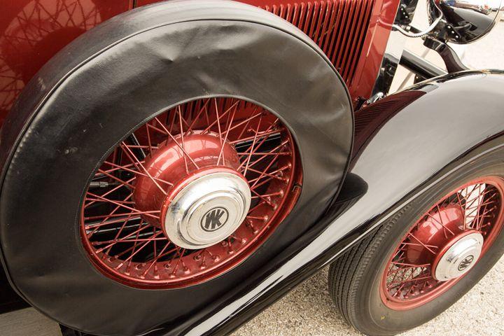 1929 Willys Knight Classic Car 4553 - M K Miller III