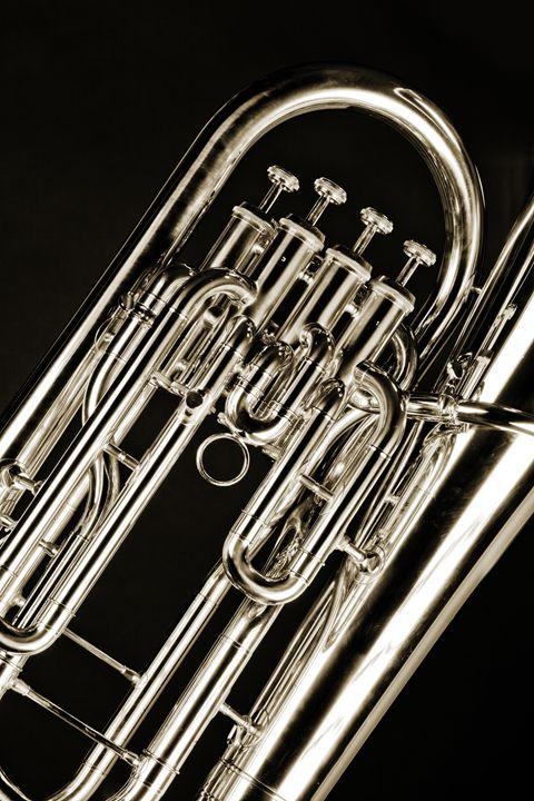 Bass Tuba Music 5562.008 - M K Miller III