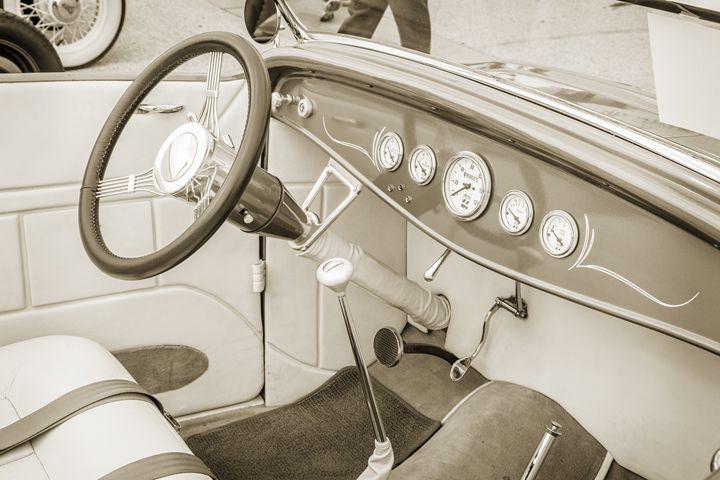 1932 Ford Roadster  5564.21 - M K Miller III
