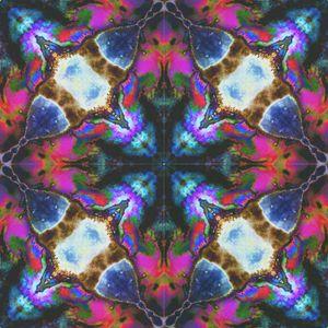 Oil Spill Rainbow - Desirea Artwork