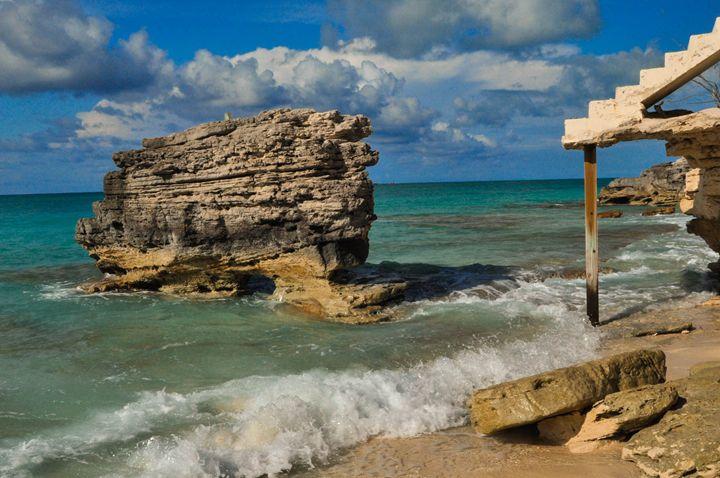 Rock Arch Bimini Bahamas - Lyle Saunders Photography