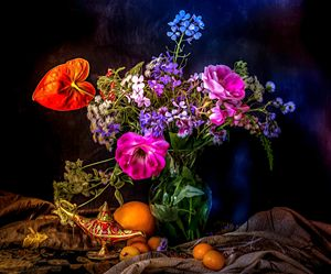 Still life-flower and lardin lamp