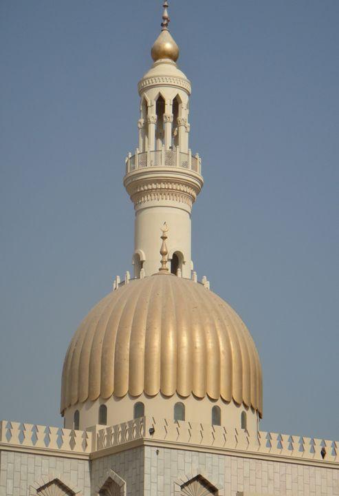 Al Zawawi Mosque - Art Arcade