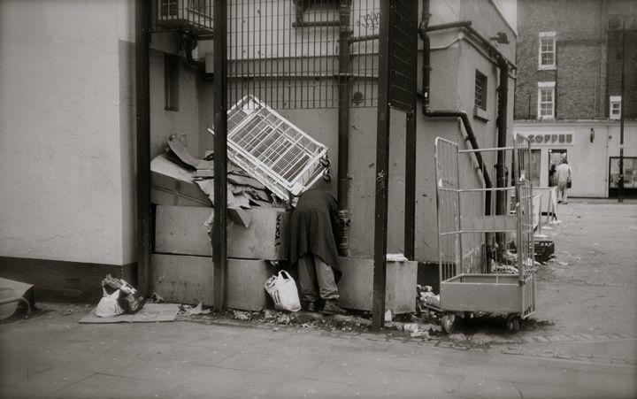 totenham court rd london scavanger - James B.N. Nash photography