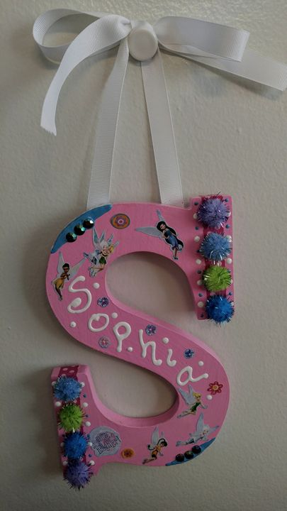 "Wall Hanging Decor ""Sophia"" - Denise's Regal Art"