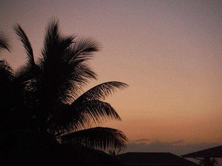 Jamaican sunset - Yvonne Poirier Island Earth Photography