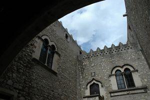Old Sorrento building 2