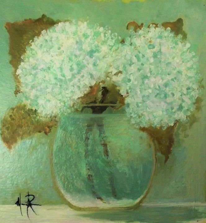 Hydrangea in glass bowl - Mindy Reese