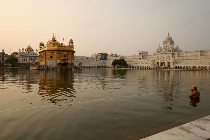 Cleansing at the Golden Temple - Dano Vukicevich Photography