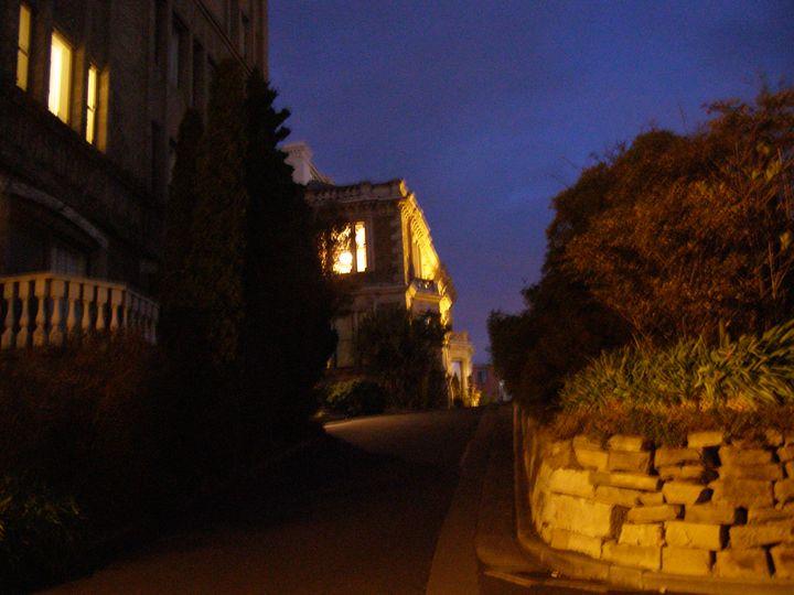 Twilight stroll - Trevor Donoghue, Don't know you art