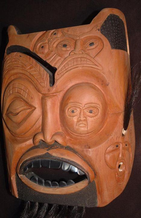 Face of faces - Lohrenz wood masks