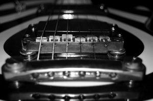 Gibson Les Paul saddle