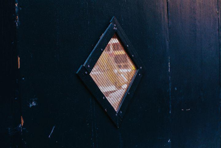 Porthole - Jay Kim Photography