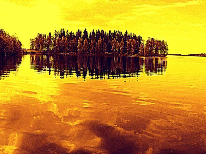 Golden Sunset - paulihyvonen