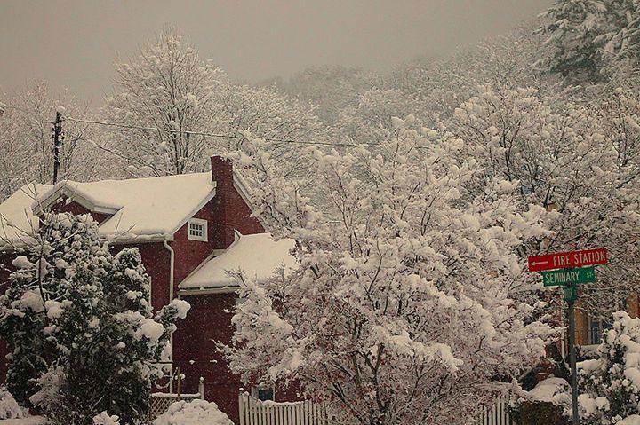 A Snowy Day - The Farmers Wife Art