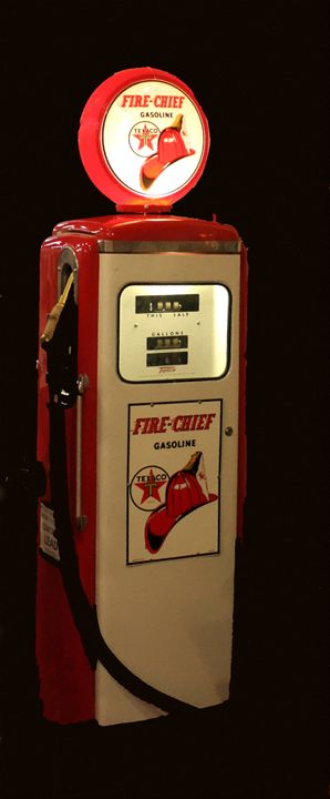 GAS PUMP FIRE CHIEF - Larry Stolle