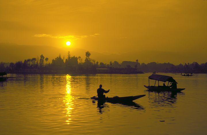 Dal Lake sunset - Bhaswaran