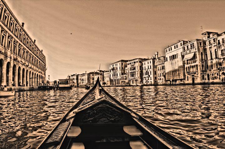 Venice Gondola POV - MattNaiden Photography