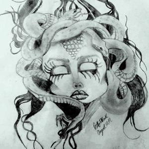 Medusa - Pretty N Black