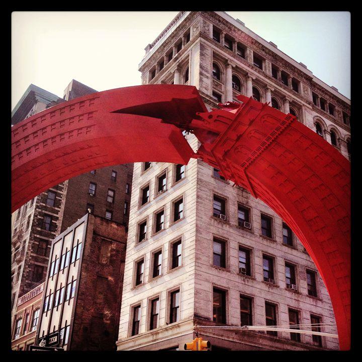 The city that eats itself - Limor's Art