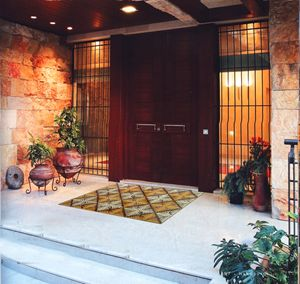 Design leaves entrance mosaic
