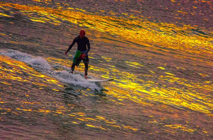 surfing on gold - A Vision