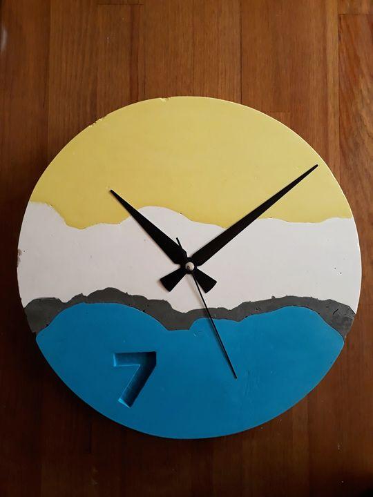 Decorative Concrete Wall Clock - Concrete Art & Craft