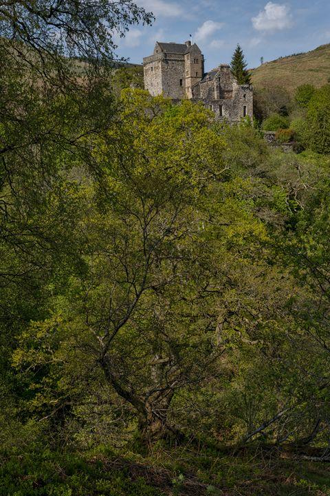 Castle Campbell in Scotland - Jeremy Lavender Photography