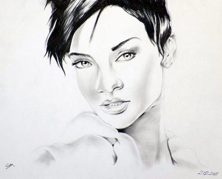 Rihanna - Sarahtonin