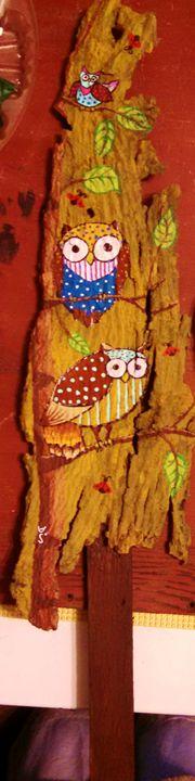 owls on wood - dianestudio