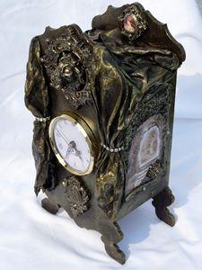 Fireplace clock - gyongyisegek