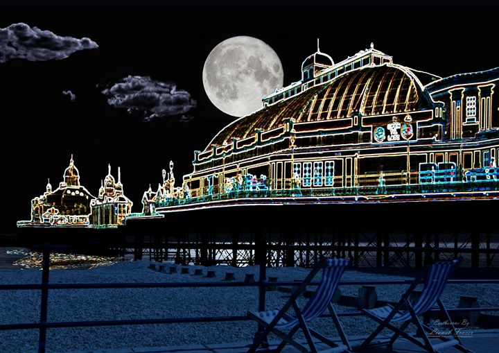 Full Moon at Eastbourne Pier - Lionel Fraser, Pictures of Eastbourne, England