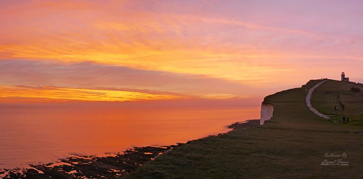 Belle Tout Lighthouse at Sunset - Lionel Fraser, Pictures of Eastbourne, England