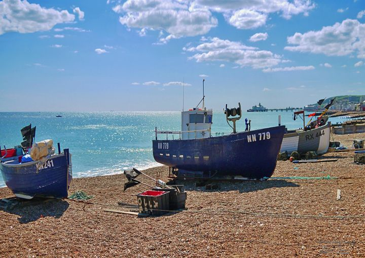 Boats on Eastbourne Beach - Lionel Fraser, Pictures of Eastbourne, England