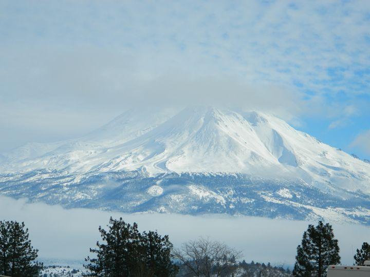 Mount Shasta - Snobyrdz Photoart
