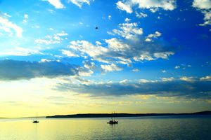 Blue skies and boats - Ngtimages