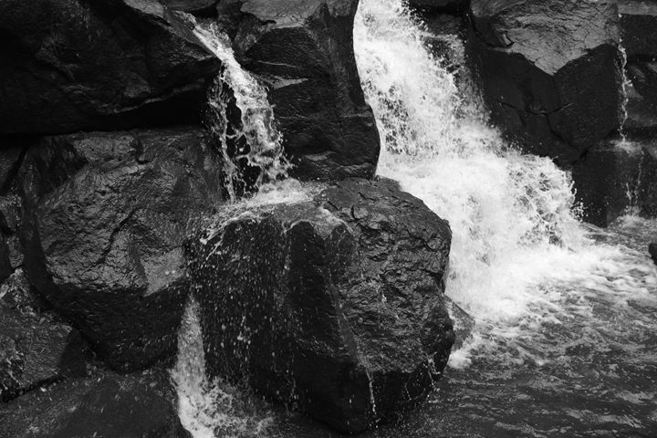 Waterfall on rocks - Ngtimages