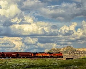 Train Across The Prairie - Double Moon Art