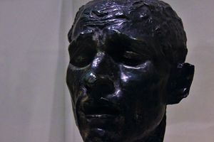 Head of Pierre de Wissant