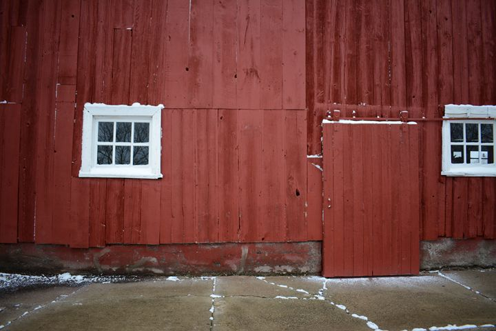 Winter Barn - Erica Antonia Photography