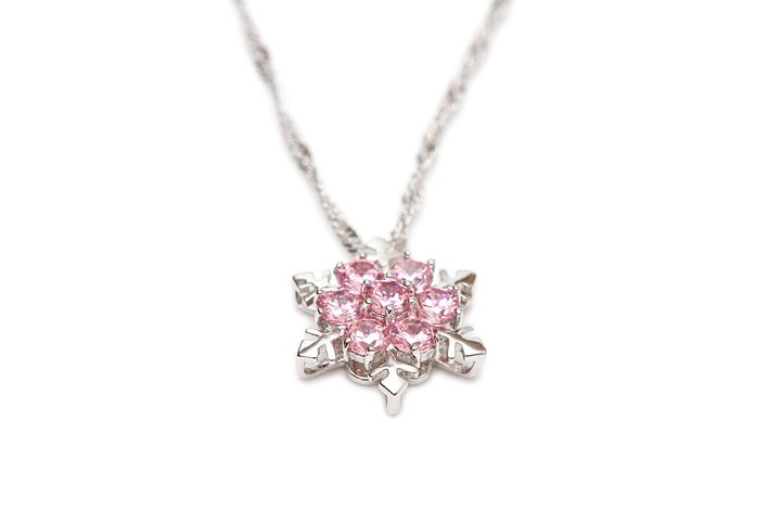 Sparkling diamond necklace - Alvin Wong Photography Gallery