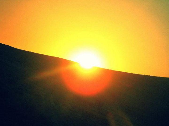 Sunrise - Lauri