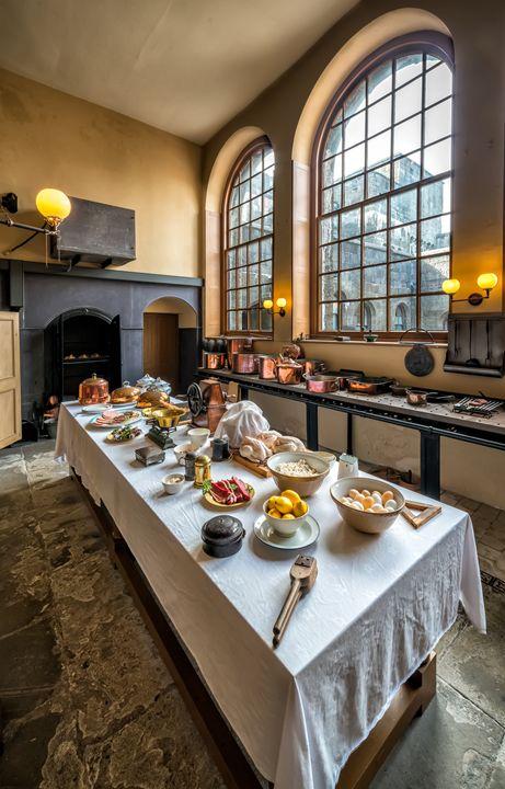 Victorian kitchen - Adrian Evans Photography