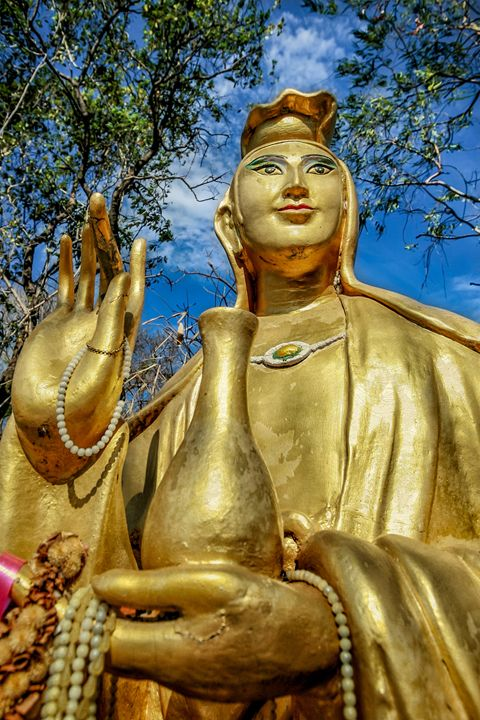 Golden Buddha Statue - Adrian Evans Photography