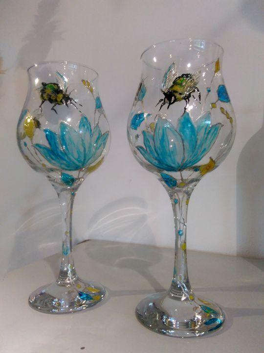 Bee happy wine glasses - Kartessa Rosa