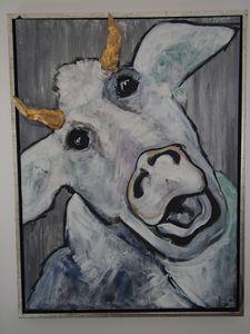 "Moody cow ""Crazy"""